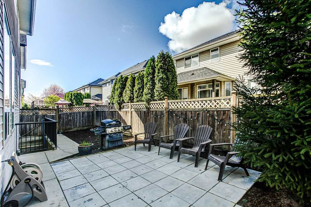 "Photo 15: 7309 197 Street in Langley: Willoughby Heights House for sale in ""WILLOUGHBY HEIGHTS"" : MLS® # R2054576"