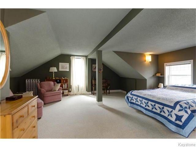Photo 14: 221 Walnut Street in Winnipeg: West End / Wolseley Residential for sale (West Winnipeg)  : MLS® # 1609946
