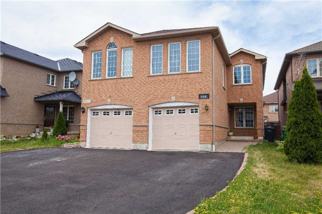Main Photo: 5941 Ridgecrest Trail in Mississauga: East Credit House (2-Storey) for sale : MLS(r) # W3535616