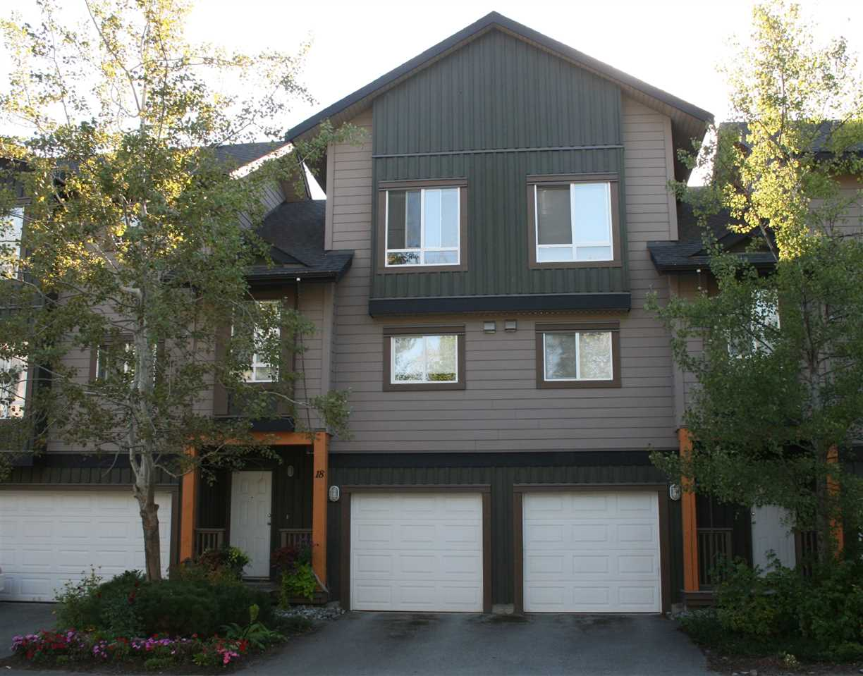 "Main Photo: 18 7400 ARBUTUS Street: Pemberton Townhouse for sale in ""WOODBRIDGE"" : MLS® # R2101941"