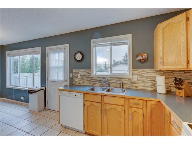 Photo 11: 26 HIDDEN VALLEY Link NW in Calgary: Hidden Valley House for sale : MLS(r) # C4079786