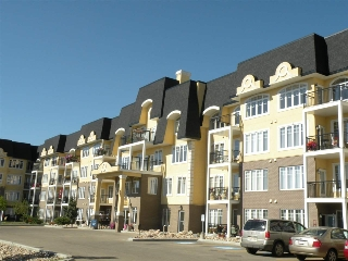 Main Photo: 333 9820 165 Street NW in Edmonton: Zone 22 Condo for sale : MLS(r) # E4046549
