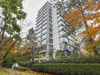 "Main Photo: 101 5425 YEW Street in Vancouver: Kerrisdale Condo for sale in ""BELMONT"" (Vancouver West)  : MLS® # R2131669"