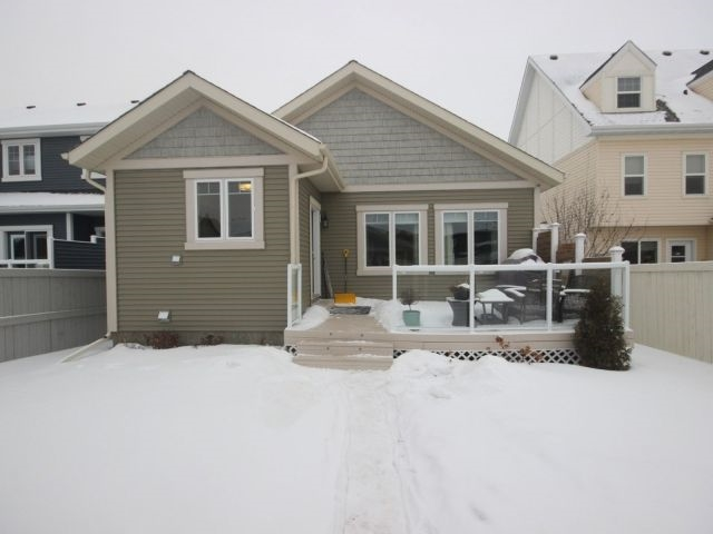 Photo 3: 4319 Veterans Way in Edmonton: Zone 27 House for sale : MLS(r) # E4051082