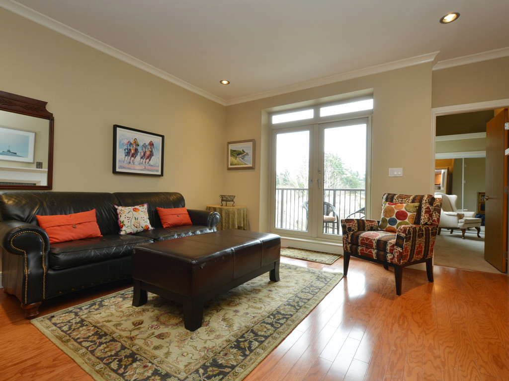 Photo 2: 307 769 Arncote Avenue in VICTORIA: La Langford Proper Condo Apartment for sale (Langford)  : MLS® # 374535