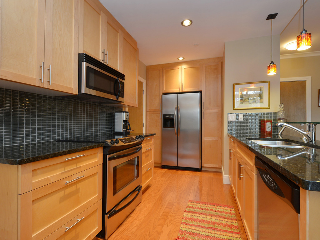 Photo 9: 307 769 Arncote Avenue in VICTORIA: La Langford Proper Condo Apartment for sale (Langford)  : MLS® # 374535