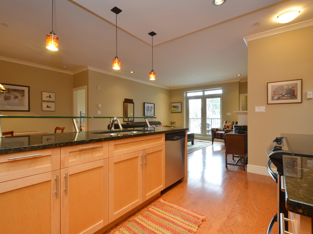 Photo 10: 307 769 Arncote Avenue in VICTORIA: La Langford Proper Condo Apartment for sale (Langford)  : MLS® # 374535