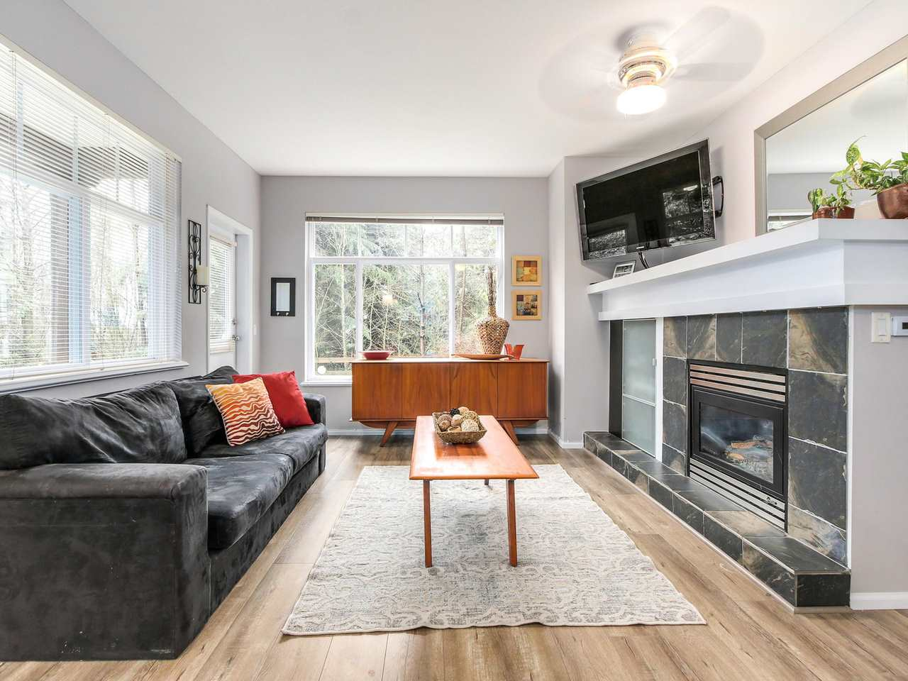 "Photo 6: 11 50 PANORAMA Place in Port Moody: Heritage Woods PM Townhouse for sale in ""ADVENTURE RIDGE"" : MLS(r) # R2146460"