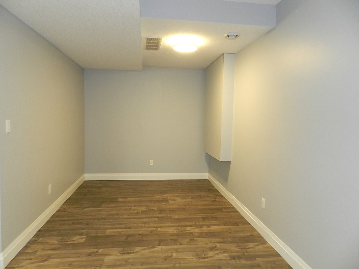Photo 24: 9333 87 Avenue in Edmonton: Zone 18 House for sale : MLS(r) # E4054767