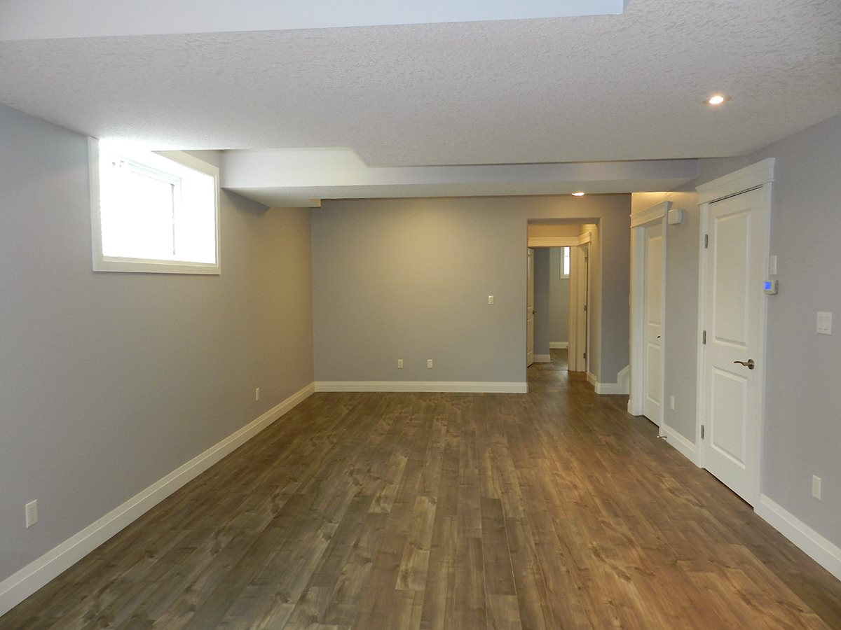 Photo 26: 9333 87 Avenue in Edmonton: Zone 18 House for sale : MLS(r) # E4054767