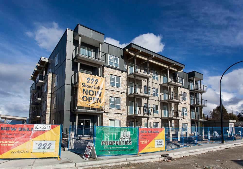 "Photo 3: 412 12310 222 Street in Maple Ridge: West Central Condo for sale in ""THE 222"" : MLS® # R2151958"