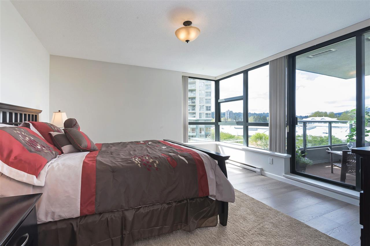 "Photo 11: 205 288 UNGLESS Way in Port Moody: North Shore Pt Moody Condo for sale in ""THE CRESCENDO"" : MLS® # R2159824"