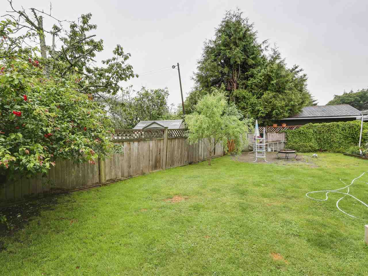 Photo 9: 6088 BRODIE Road in Delta: Holly House for sale (Ladner)  : MLS(r) # R2172790