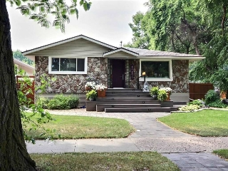 Main Photo: 10164 82 Street in Edmonton: Zone 19 House for sale : MLS® # E4073849