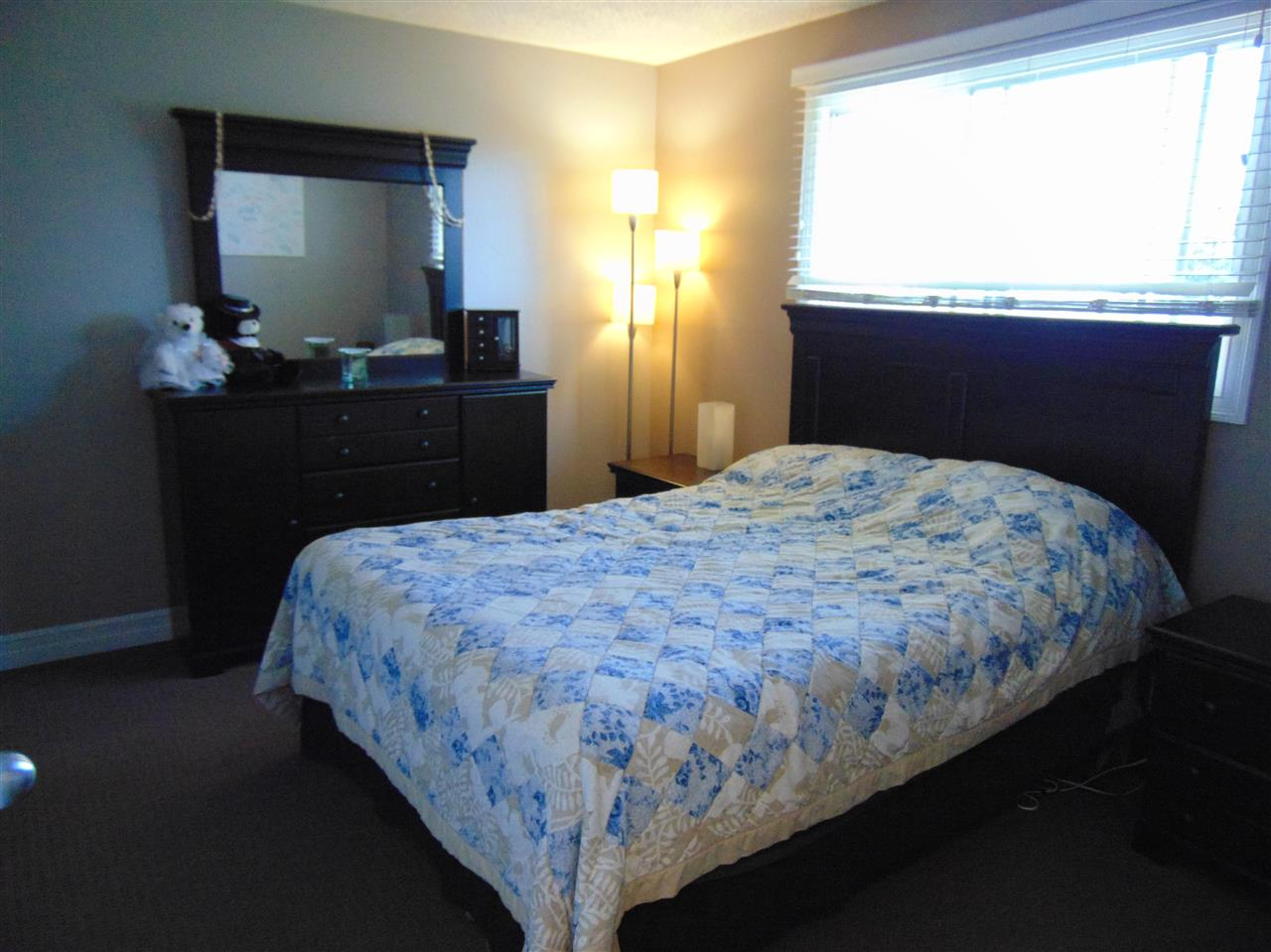 Good size master bedroom with 2 piece ensuite and huge closet area