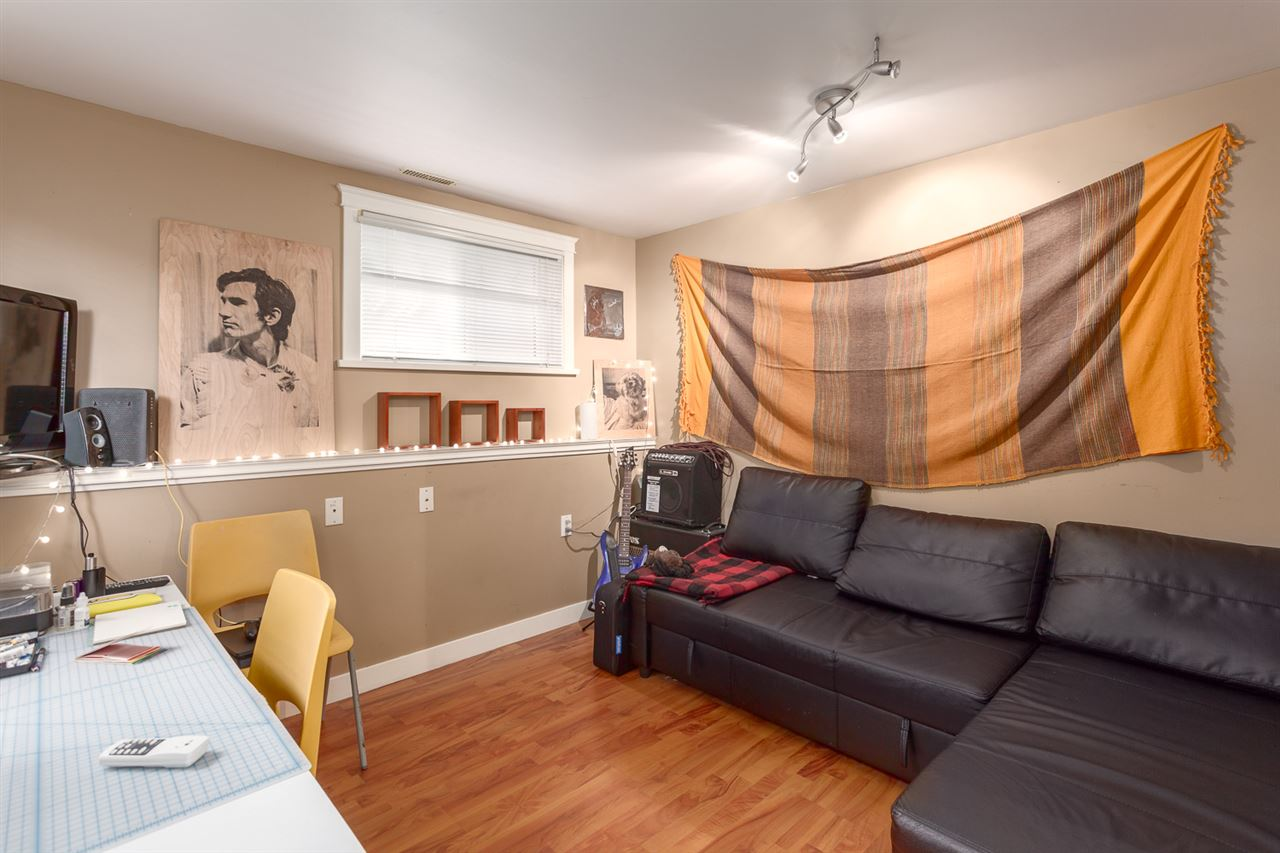 "Photo 17: 1232 VICTORIA Drive in Vancouver: Grandview VE House for sale in ""COMMERCIAL DRIVE"" (Vancouver East)  : MLS® # R2195634"