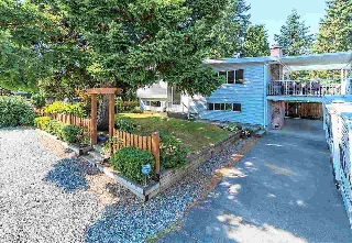 Main Photo: 15775 TULIP Drive in Surrey: King George Corridor House for sale (South Surrey White Rock)  : MLS® # R2201938