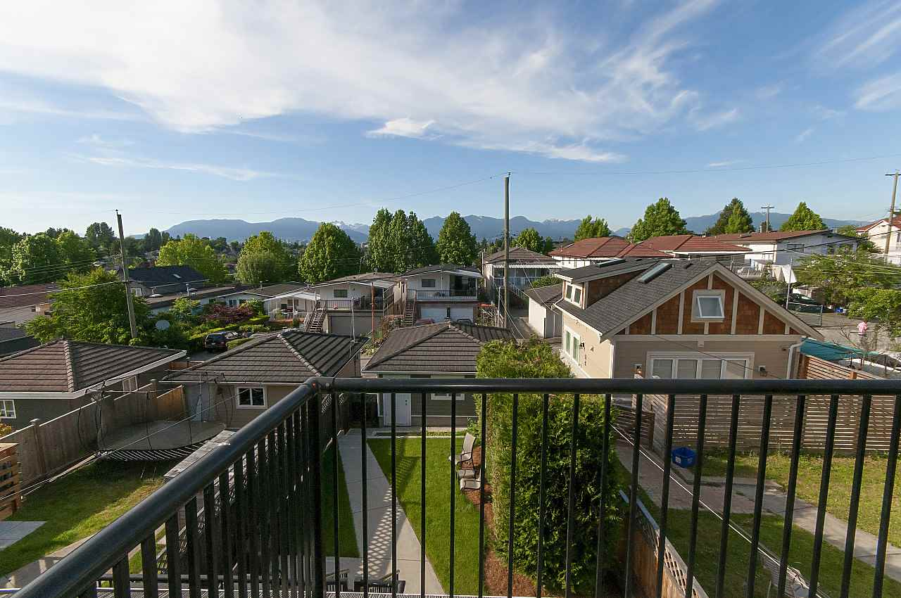 Photo 16: 645 E 30TH Avenue in Vancouver: Fraser VE House for sale (Vancouver East)  : MLS® # R2204654