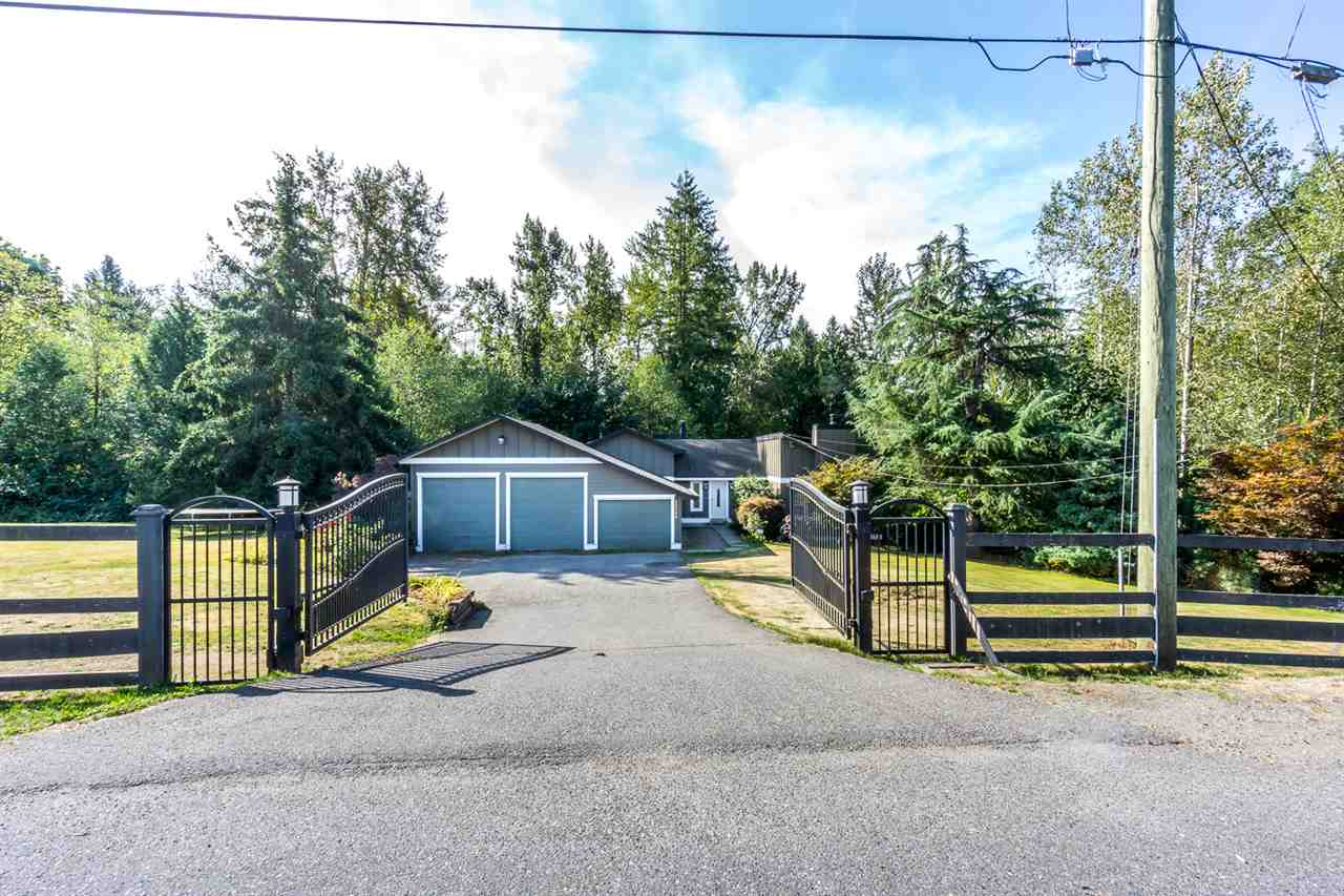 Main Photo: 28360 MYRTLE Avenue in Abbotsford: Bradner House for sale : MLS® # R2206757