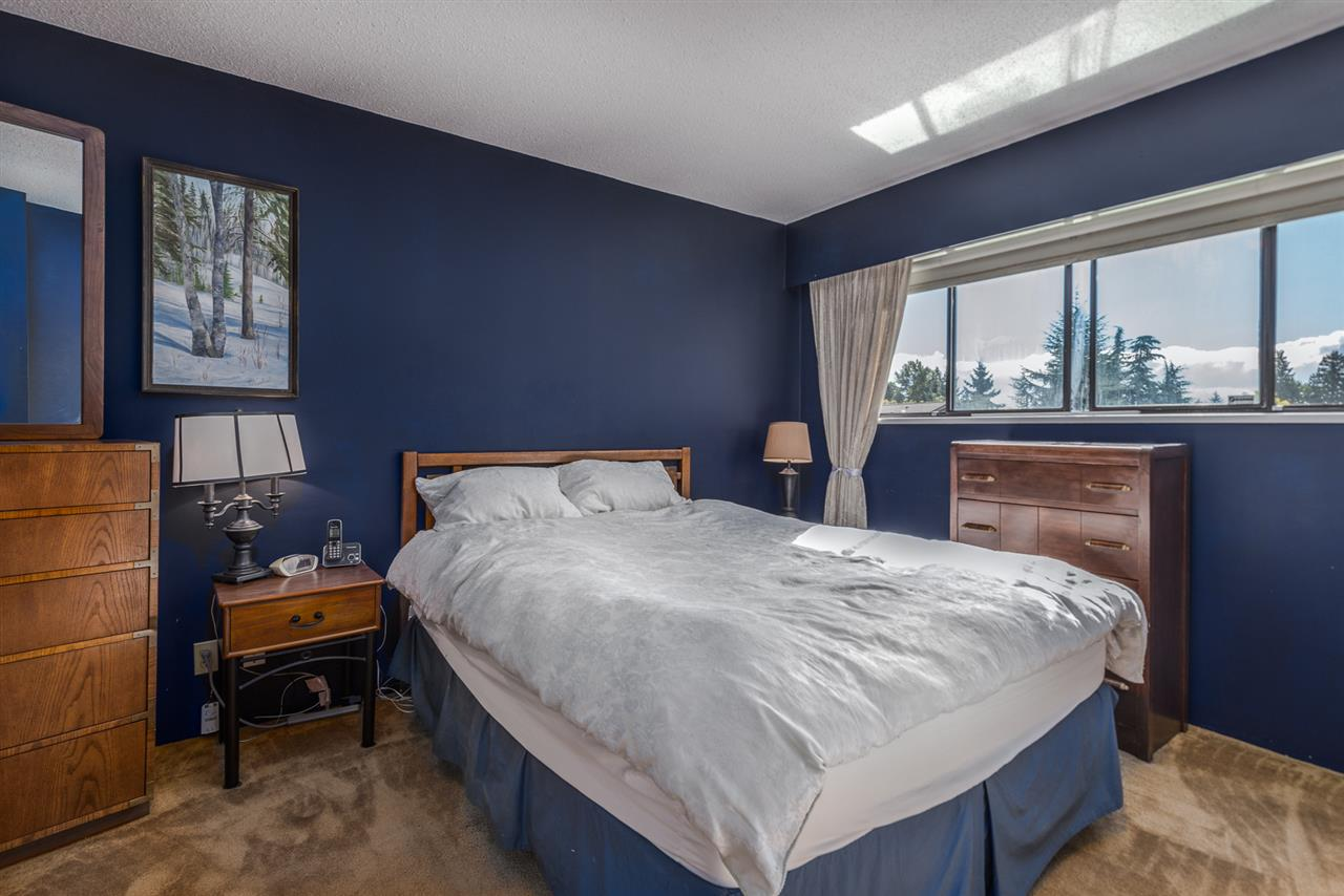 Photo 8: Photos: 573 W 28TH Street in North Vancouver: Upper Lonsdale House for sale : MLS® # R2210226