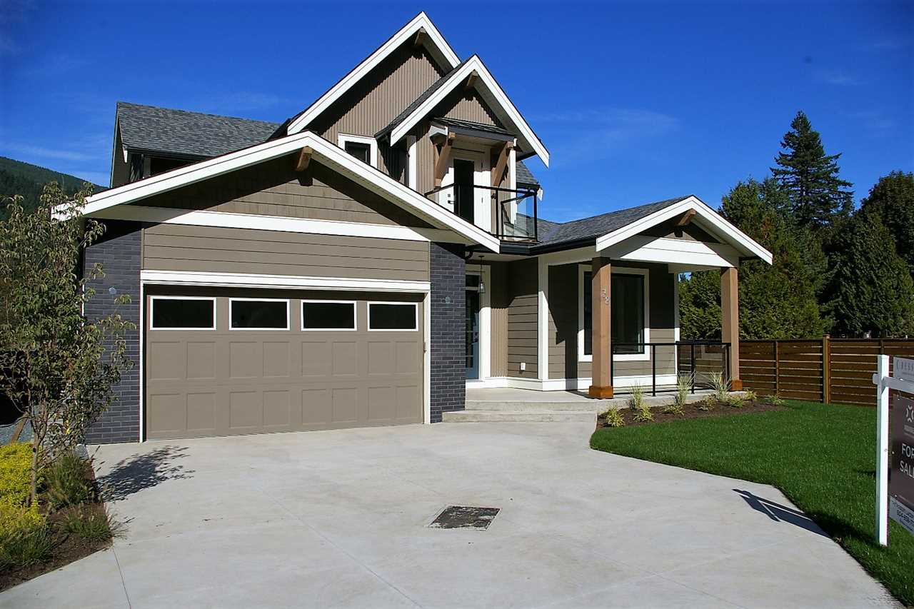 "Photo 1: Photos: 38 1885 COLUMBIA VALLEY Road: Lindell Beach House for sale in ""AQUADEL CROSSING"" (Cultus Lake)  : MLS® # R2212613"