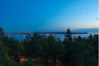 Main Photo: 2781 CHELSEA Close in West Vancouver: Chelsea Park House for sale : MLS® # R2231643