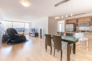 "Main Photo: 1601 7535 ALDERBRIDGE Way in Richmond: Brighouse Condo for sale in ""OCEAN WALK"" : MLS®# R2274176"