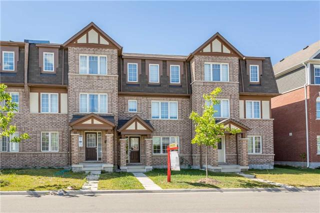 Main Photo: 16 Allium Road in Brampton: Northwest Brampton House (3-Storey) for sale : MLS®# W4163727