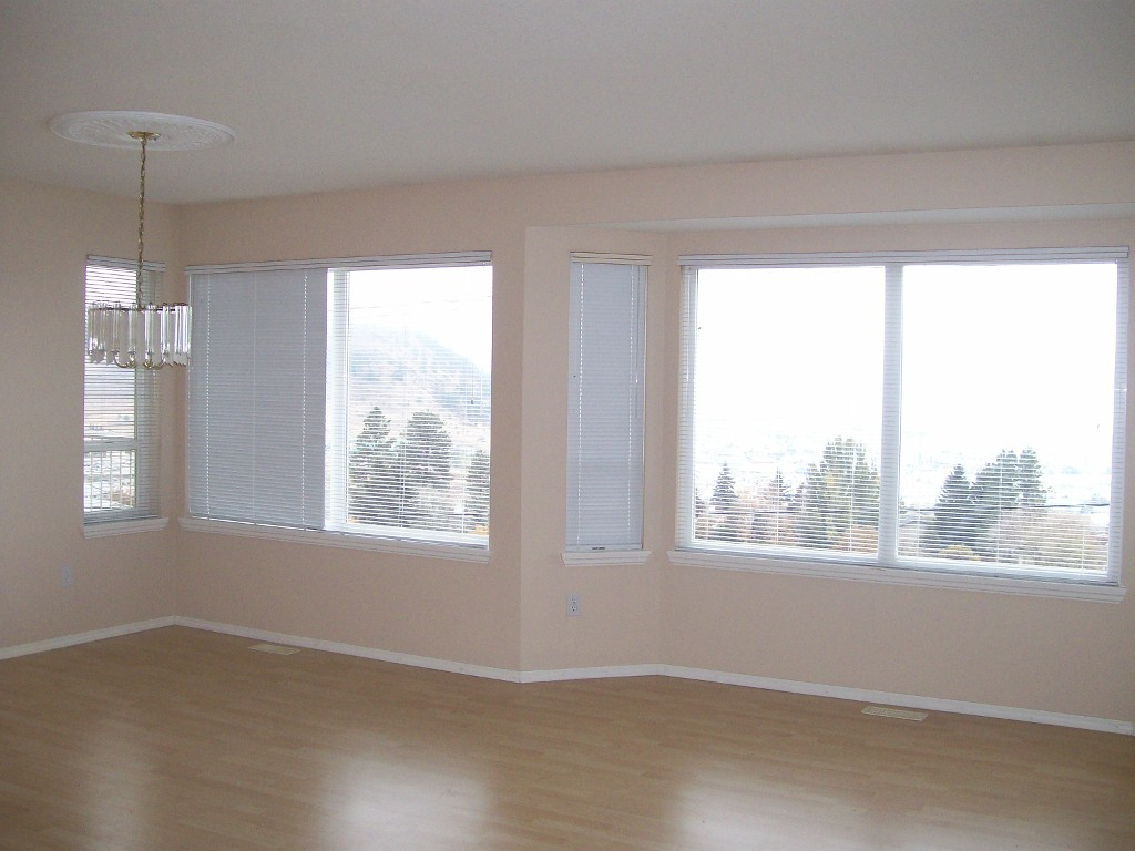 Photo 3: 72 1950 Braeview Place in Kamloops: Aberdeen Residential Attached for sale : MLS(r) # 112997