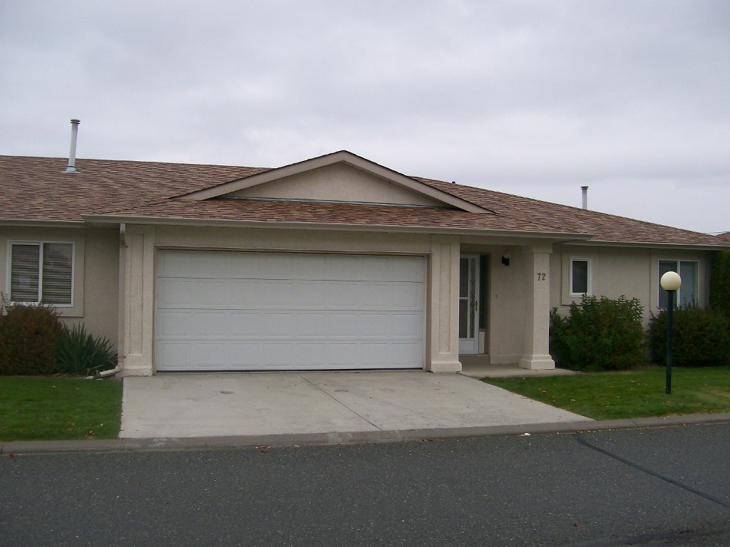 Photo 2: 72 1950 Braeview Place in Kamloops: Aberdeen Residential Attached for sale : MLS(r) # 112997