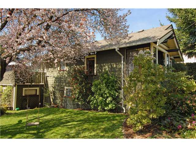 Photo 10: 416 10TH Street in New Westminster: Uptown NW House for sale : MLS® # V999379