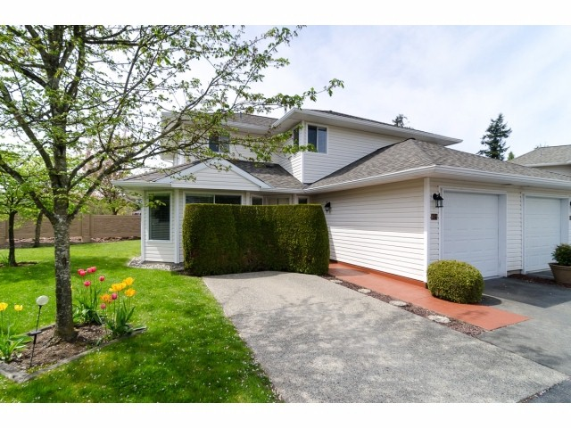 "Main Photo: 16 21928 48 Avenue in Langley: Murrayville Townhouse for sale in ""Murrayville Glen"" : MLS® # F1410648"