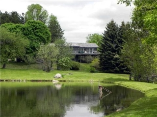 Main Photo: 836331 E 4th Line in Mulmur: Rural Mulmur House (Bungaloft) for sale : MLS® # X3206629