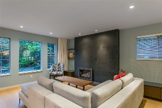 Main Photo: 4533 W 16TH Avenue in Vancouver: Point Grey House for sale (Vancouver West)  : MLS(r) # R2030354