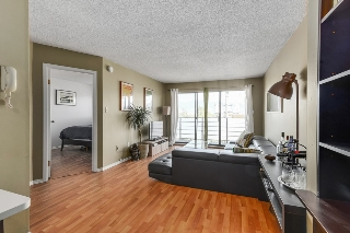 "Main Photo: 302 1933 W 5TH Avenue in Vancouver: Kitsilano Condo for sale in ""SAHLANO PLACE"" (Vancouver West)  : MLS® # R2073154"