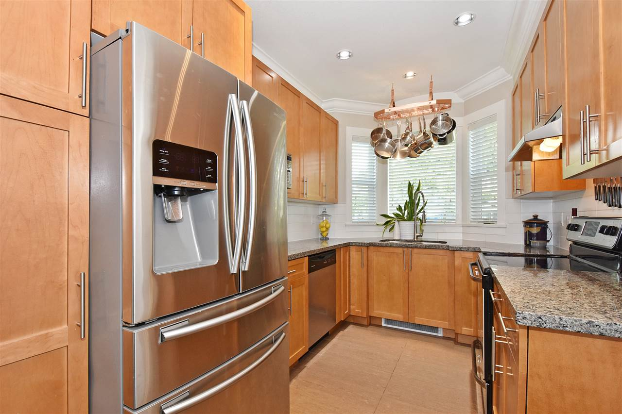 "Photo 7: 1386 E 27TH Avenue in Vancouver: Knight Townhouse for sale in ""VILLA @27"" (Vancouver East)  : MLS(r) # R2074490"