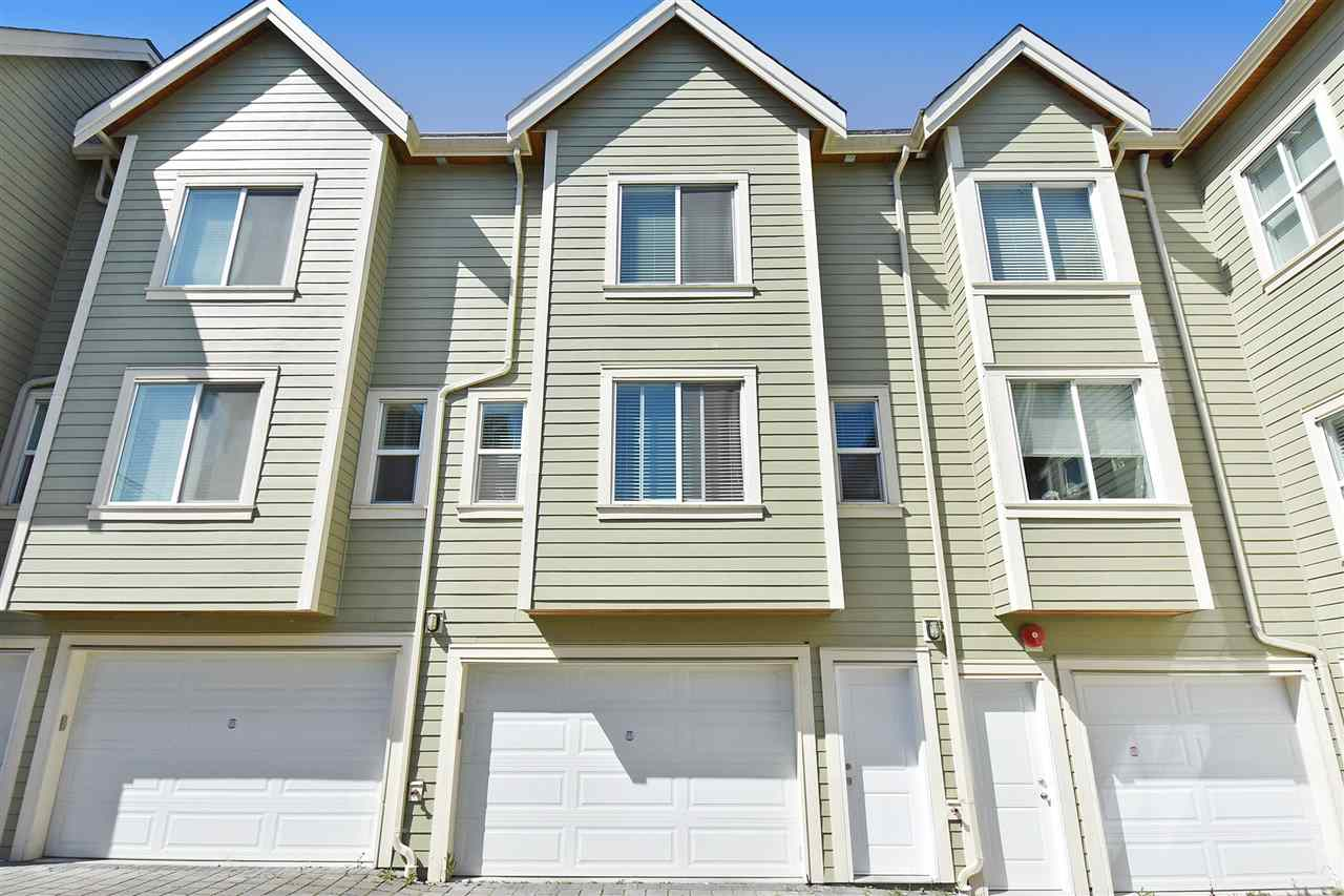 "Photo 12: 1386 E 27TH Avenue in Vancouver: Knight Townhouse for sale in ""VILLA @27"" (Vancouver East)  : MLS(r) # R2074490"