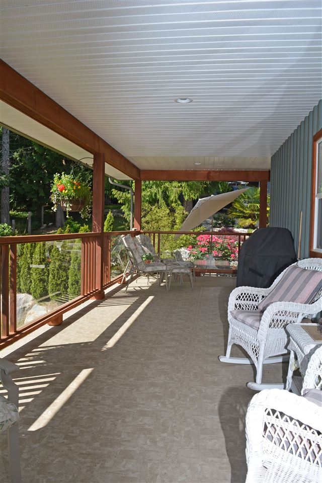 "Photo 14: Photos: 8099 WESTWOOD Road in Halfmoon Bay: Halfmn Bay Secret Cv Redroofs House for sale in ""Welcome Woods"" (Sunshine Coast)  : MLS®# R2079832"