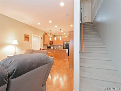 Photo 10: 9 1893 Prosser Road in SAANICHTON: CS Saanichton Townhouse for sale (Central Saanich)  : MLS® # 375240