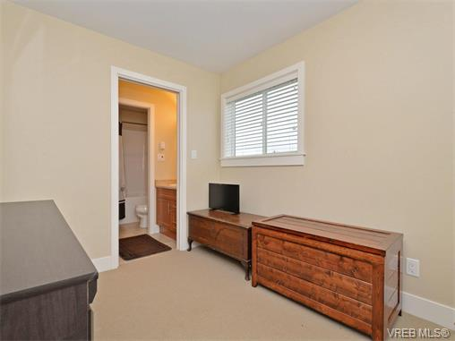 Photo 15: 9 1893 Prosser Road in SAANICHTON: CS Saanichton Townhouse for sale (Central Saanich)  : MLS® # 375240