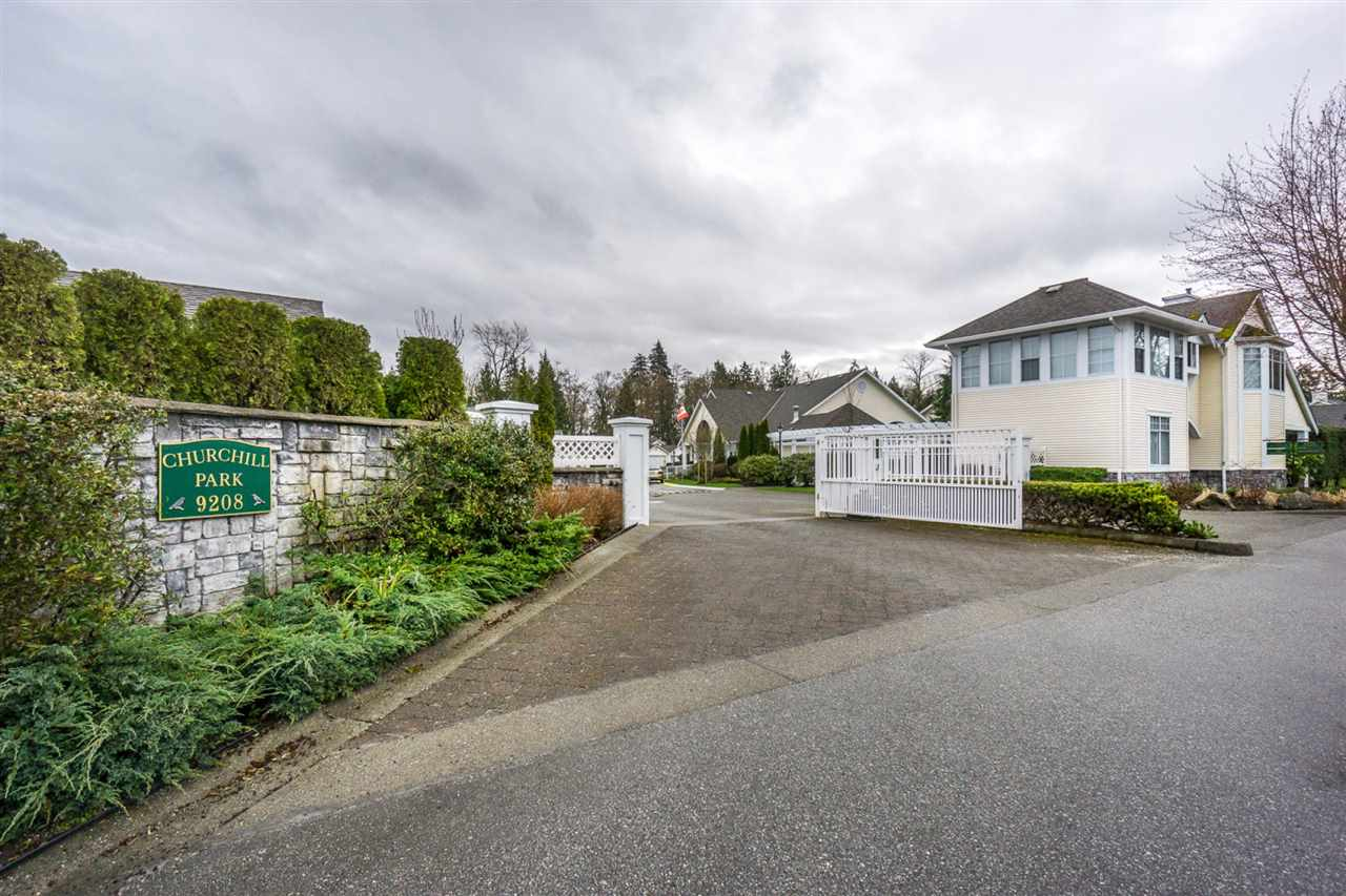 "Main Photo: 124 9208 208 Street in Langley: Walnut Grove Townhouse for sale in ""CHURCHILL PARK"" : MLS®# R2150916"