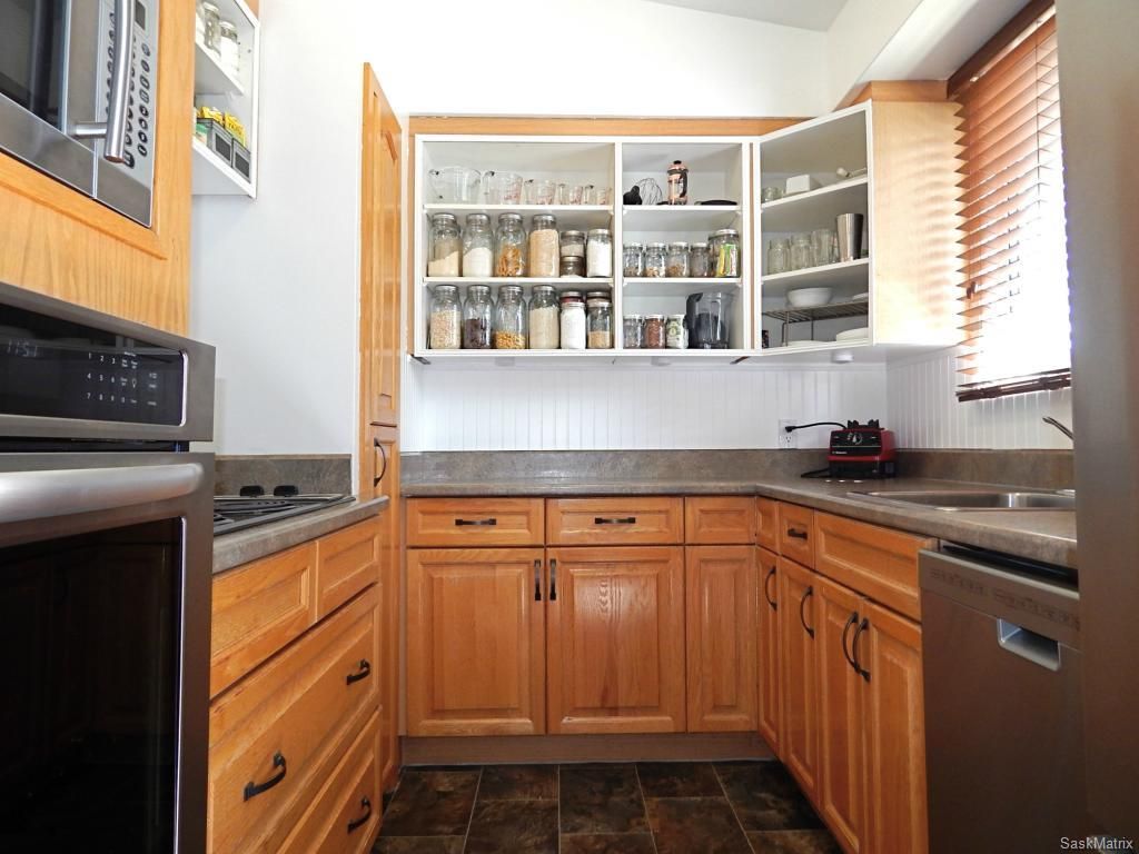 Ample counter space and open shelving