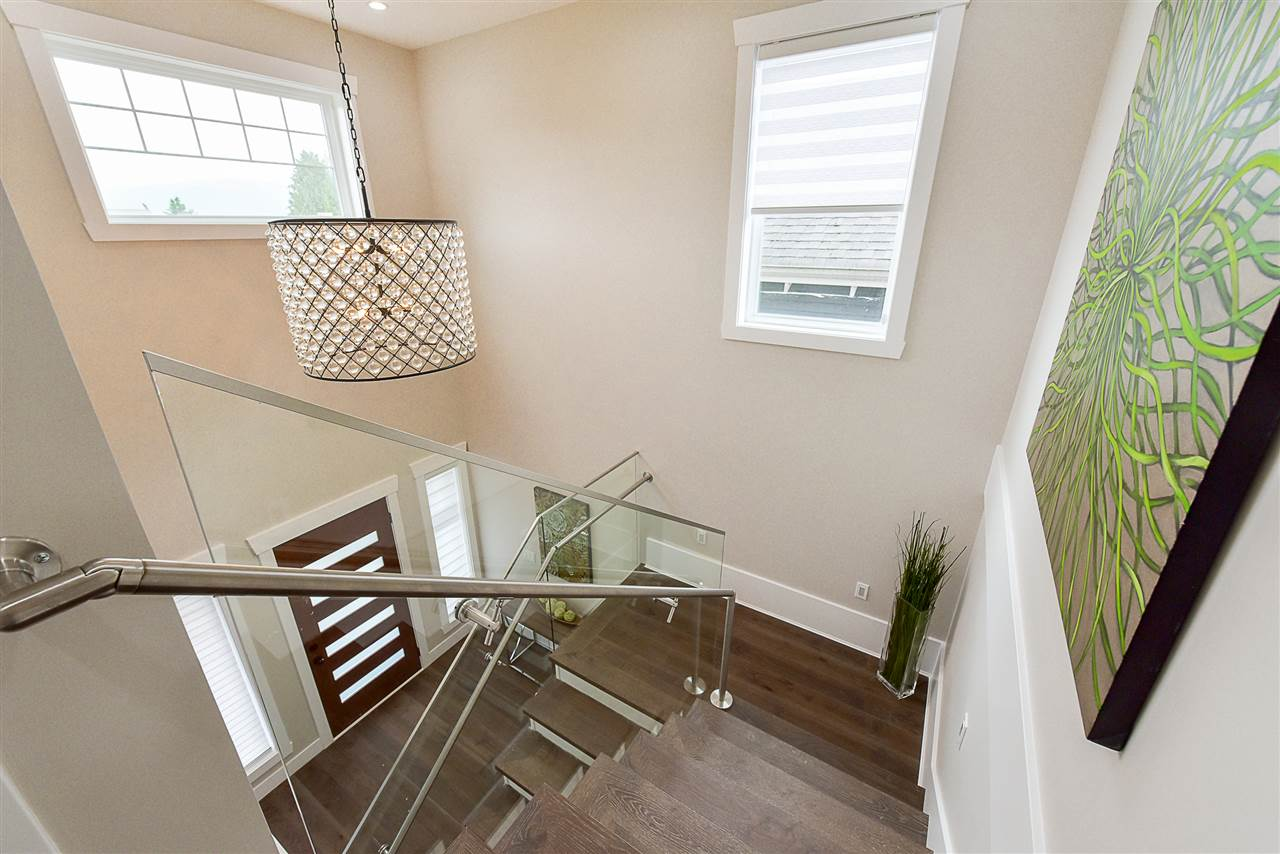 Photo 15: 4248 ETON Street in Burnaby: Vancouver Heights House for sale (Burnaby North)  : MLS(r) # R2171935
