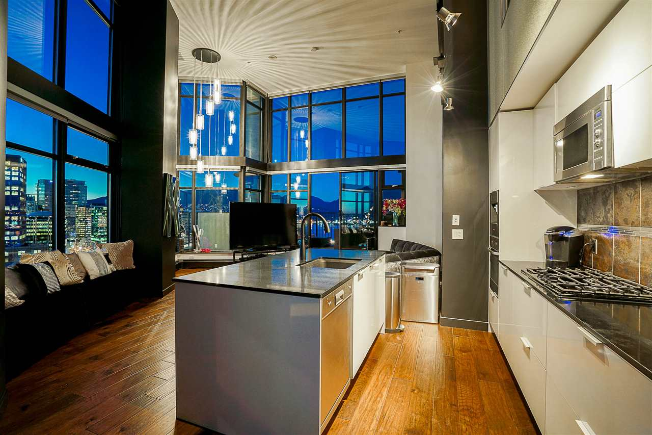 Main Photo: 2910 128 W CORDOVA STREET in Vancouver: Downtown VW Condo for sale (Vancouver West)  : MLS(r) # R2146914