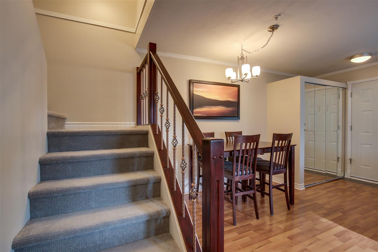 "Photo 11: 7335 MAGNOLIA Terrace in Burnaby: Highgate Townhouse for sale in ""Monterey"" (Burnaby South)  : MLS(r) # R2179211"