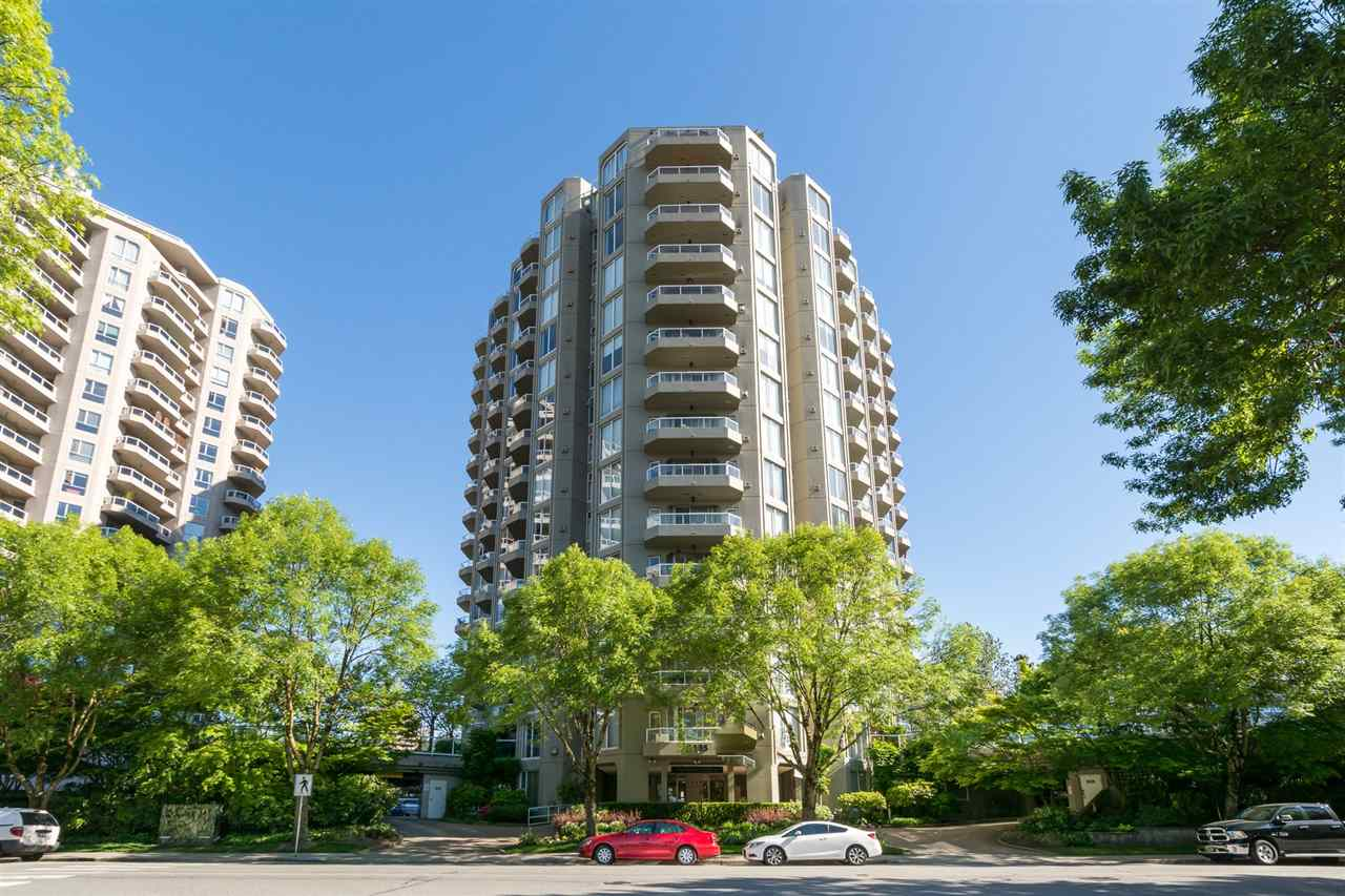 "Main Photo: 1002 1135 QUAYSIDE Drive in New Westminster: Quay Condo for sale in ""ANCHOR POINTE"" : MLS(r) # R2184263"
