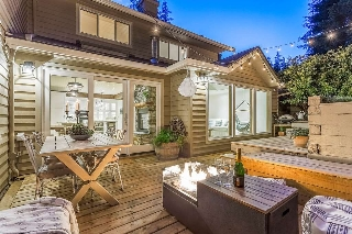 "Main Photo: 40 DEERWOOD Place in Port Moody: Heritage Mountain Townhouse for sale in ""Heritage Green"" : MLS(r) # R2189255"