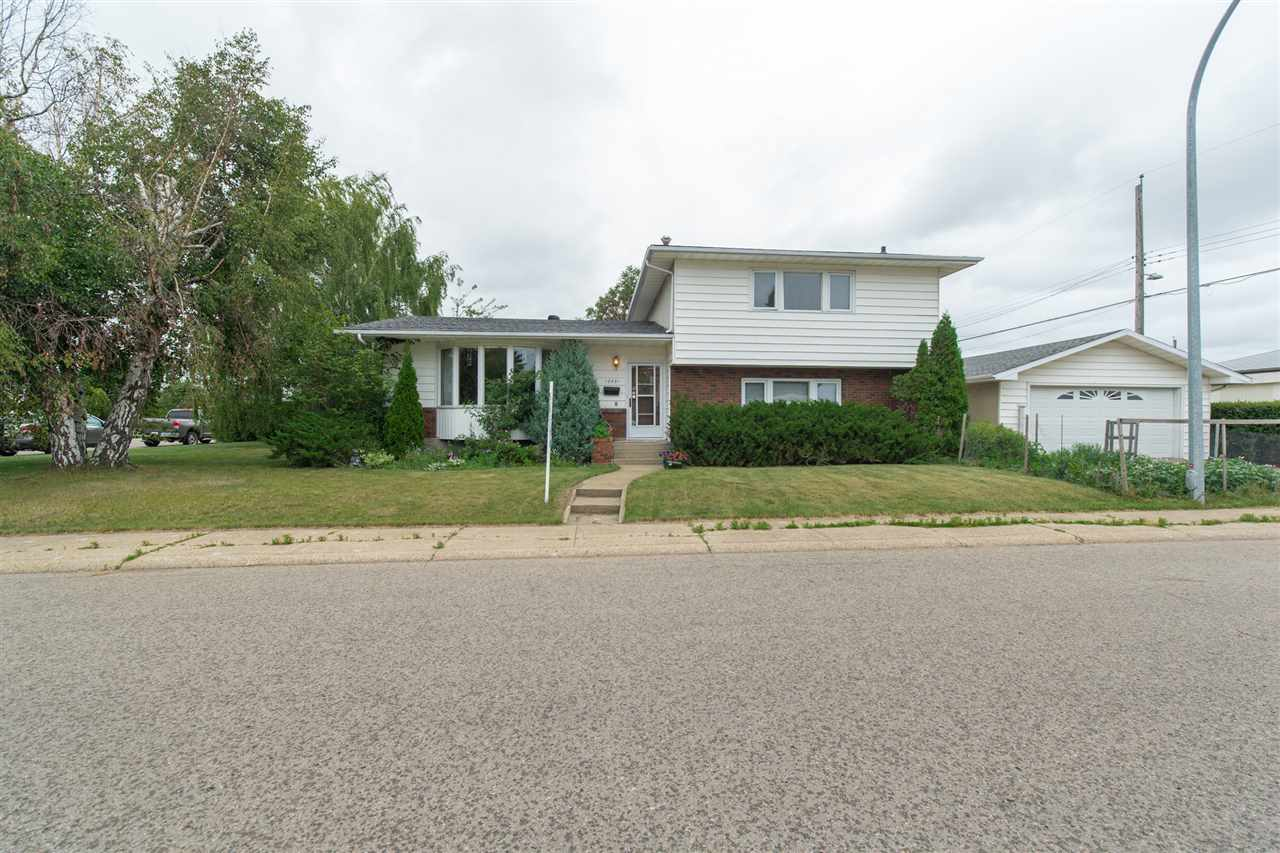 Main Photo: 13531 78 Street in Edmonton: Zone 02 House for sale : MLS® # E4074504