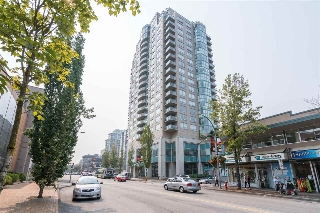 "Main Photo: 1907 612 SIXTH Street in New Westminster: Uptown NW Condo for sale in ""THE WOODWARD"" : MLS® # R2195001"