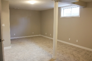 bedroom or family room - approx 270sqft